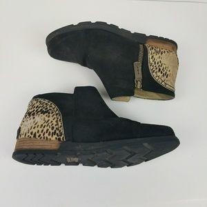 Sorel major low cheetah ankle boot